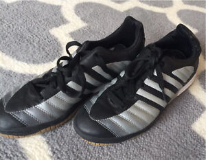Addidas indoor soccer cleats