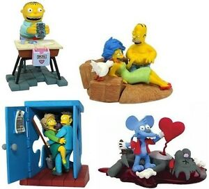 Set-of-4-Simpsons-Miniature-Valentines-Bust-Ups-figures