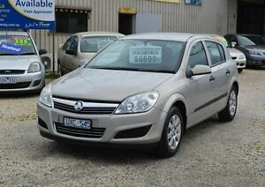 2007 Holden Astra AH CD Equipe Silver Manual Hatchback Delacombe Ballarat City Preview