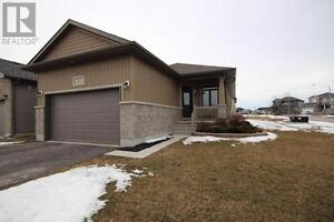 Beautiful Former Model Home in Amherstview
