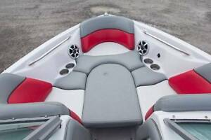 Fantastic Nautique ski / wake boat with trailer Kawartha Lakes Peterborough Area image 8