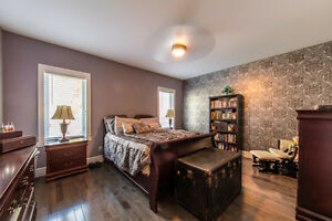 Gorgeous Amherstburg Home Minutes from Flox Glen Golf Course Windsor Region Ontario image 3