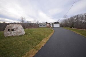 17-006 Beautiful Brand New 3 Br Home Ketch Harbour!