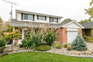 ***LOOKING FOR A HOME IN TECUMSEH?!****