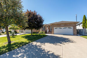 4209 NORTHWOOD LAKES, WINDSOR ONTARIO