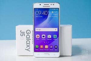 Brand New Unlocked Samsung Galaxy J5 (2016) LTE Dual SIM White