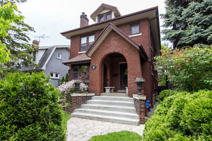 HOUSE FOR SALE IN WALKERVILLE!!!