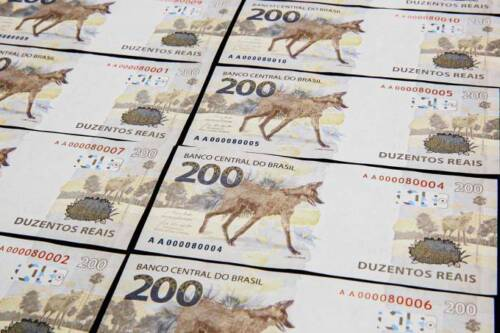 Brazillian 200 Reais Bill Brazil Currency