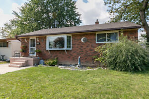 BUNGALOW IN SOUGHT AFTER RIVERSIDE