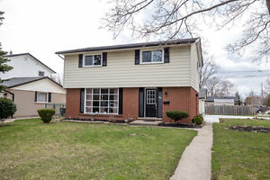 PROFESSIONALLY UPDATED SOUTH WINDSOR HOME- CALL WARREN RUTGERS