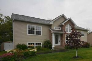 OPEN HOUSE THIS SUN OCT 22 FROM 2PM - 4PM AT THIS SPLIT ENTRY