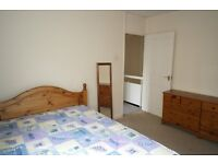 ROOMS AVAILABLE NEAR BRIXTON,TOOTING BEC,STREATHAM 2MIN