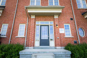 Townhouse for Sale in Brampton!