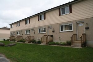 ORILLIA - Village West Townhomes - Beautiful 3 bdrm $1200.00 +
