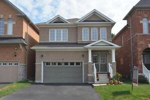 Detached Home on Ravine $2600 PM