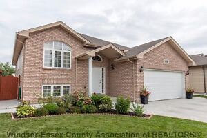 Open House 2:00-4:00 pm Sunday August 28, 1158 Frederica