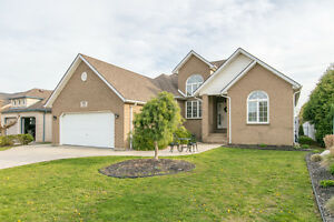 HOME FOR SALE IN SOUTHWOOD LAKES!!
