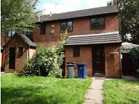 Large four bedroom house to rent in Hendon northern line close to road rail tube links