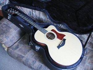 Taylor Acoustic Electric Jumbo 315 CE