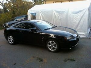 2005 Hyundai Tiburon Coupe (2 door)