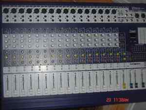 16 CHANNEL MIXER PRO AUDIO PROFESSIONAL MIXER WITH MIC EFFECT FX