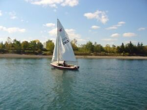 16 FOOT WAYFARER SAILBOAT