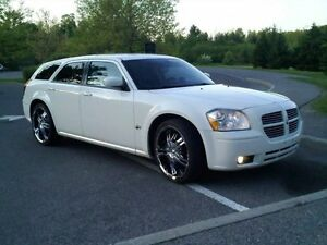 2006 Dodge Magnum Wagon  looking for interesting trade