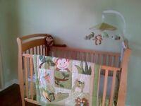 Baby crib/ bassinette