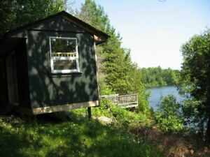 Sharbot Lake Beauty! AVAILABLE NOW COTTAGE FOR RENT Clean Lake