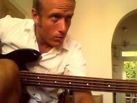 BASS GUITAR,GUITAR LESSONS,HASSOCKS,DITCHLING,BURGESS HILL( QUALIFIED ,BEGINNERS WELCOME)