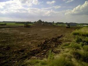 81T Excavating London Ontario image 4