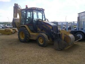 Cat 420D IT Backhoe with Attachments