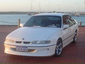 VR 5Litre Ex-Persuit Executive Commodore Armadale Armadale Area Preview
