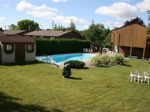 Detached house with inground pool