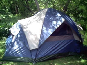 Woods dome tent 3-4 person.