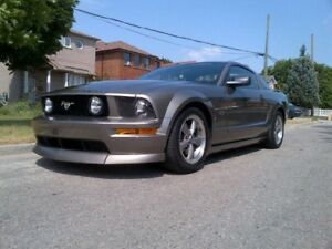 LOW KM 2005 Ford Mustang GT Automatic