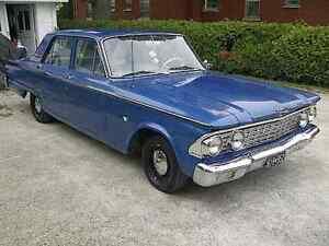 1962 Ford Fairlane V8 221