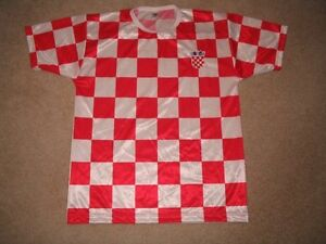 Croatia National Football/Soccer Team Jersey M London Ontario image 1