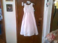 belle robe bouquetière grandeur 8 enfant