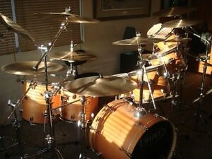 8 piece Mapex drum kit with Neil Peart Paragon Cymbals
