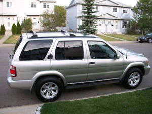 **NISSAN PATHFINDER COMES WITH 12 TIRES AND RIMS**PENDING PICKUP