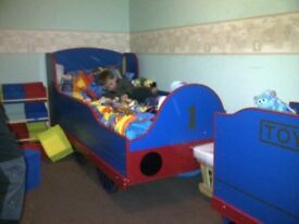 Thomas Bed and Toy Box