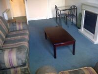 Bright, tidy, furnished one bedroom third floor flat in Downfield Place off Dalry Rd