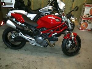 Ducati Monster 696 *BRAND NEW SHOWROOM CONDITION*