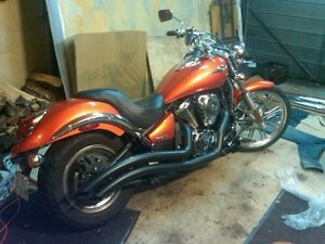Fresh safety Kawasaki Vulcan Custom 900 with lots of extras