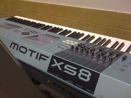 Yamaha Motif XS8 Keyboard Piano 88 Keys