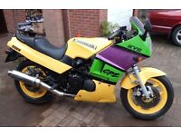 1985 Kawasaki GPZ600R FULL MOT 33000miles excellent condition Not a winter project Happy engine etc