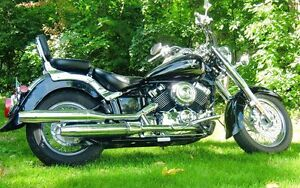 2007 Yamaha VStar Classic, black with ghost flames