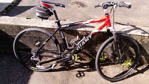 27' sp Giant Mountain Bike