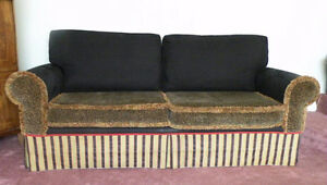 Couch - 1 of a kind - could be single bed